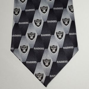 NEW Oakland Raiders 100% Silk Eagle Wings Neck Tie